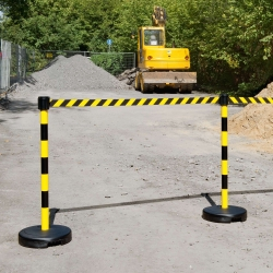 belt and chain posts: TRAFFIC-LINE ECONOMY Belt Barrier