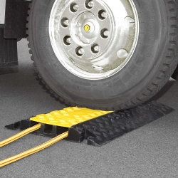 traffic-line cable and hose ramps: TRAFFIC-LINE Cable Ramp - Large