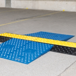 TRAFFIC-LINE Wheelchair ramps for cable/hose ramps