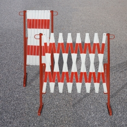 ramps, cones and site safety: TRAFFIC-LINE Trellis Barrier