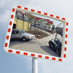 road traffic mirrors